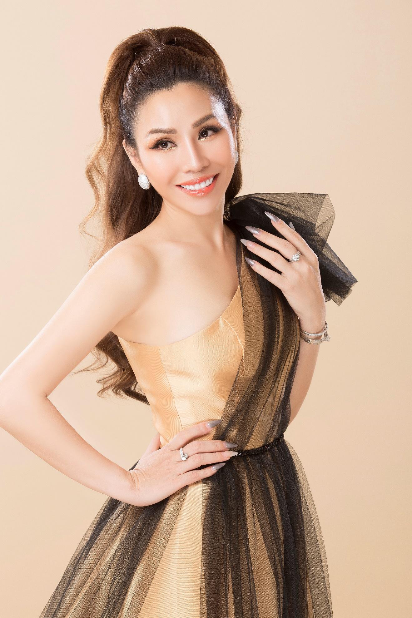 Doanh nhân Thanh Xuân đạt danh hiệu Á hậu 1 Doanh nhân Toàn năng châu Á 2021.