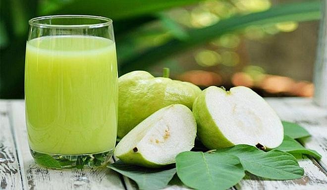 Ổi giàu vitamin và khoáng chất, giúp thanh lọc cơ thể, hỗ trợ giảm cân.