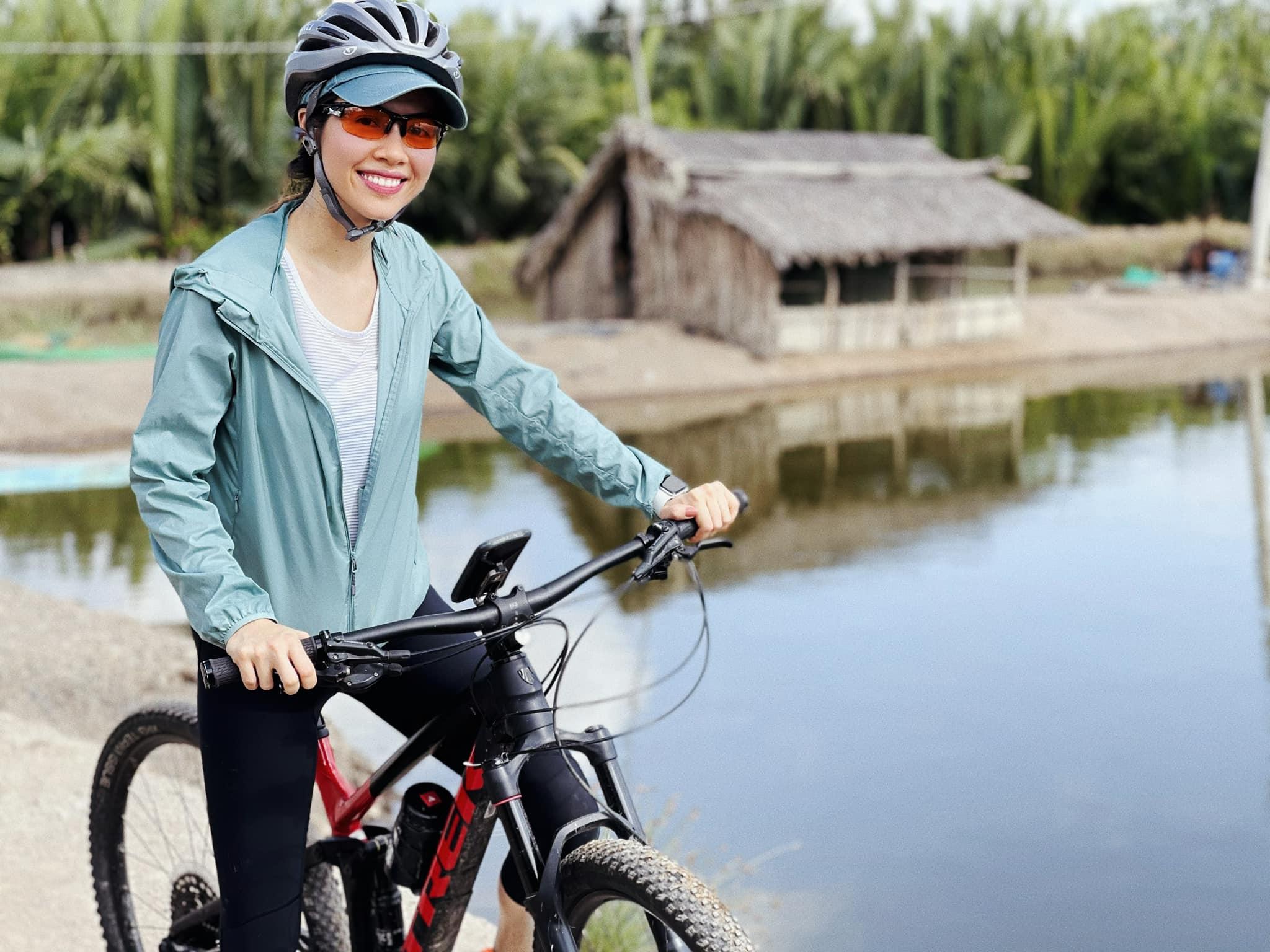 Hoàng My mê đắm với vẻ đẹp của nông thôn Việt Nam.