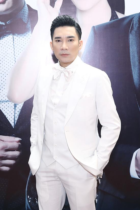Quang Hà tại buổi họp báo giới thiệu Hà show hồi đầu tháng tư.