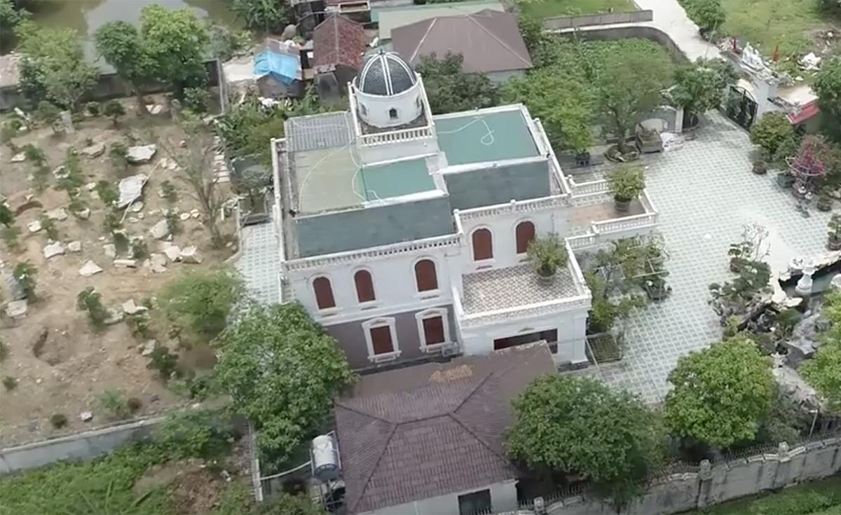 Căn nhà nơi Phú cố thủ