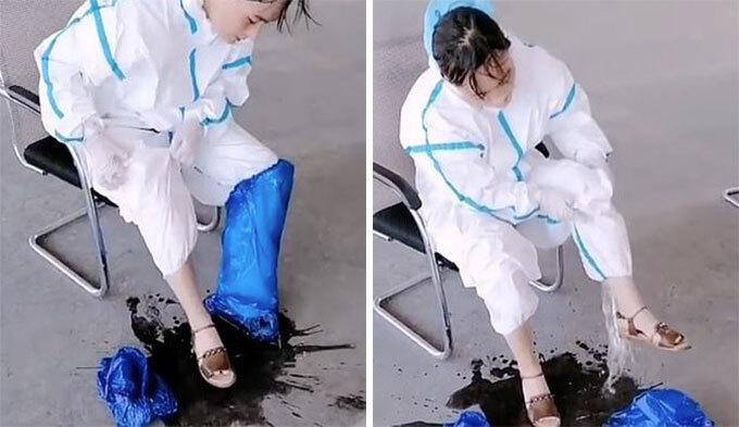 Vũng nước mồ hôi dưới chân nữ nhân viên y tế sau khi cô cởi đồ bảo hộ nghỉ ngơi tại thành phố Urumqi, Tân Cương, Trung Quốc, hôm 8/8/2020. Ảnh: Weibo.
