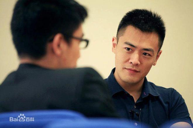 Con trai cả của ông trùm Hong Kong Lưu Loan Hùng.