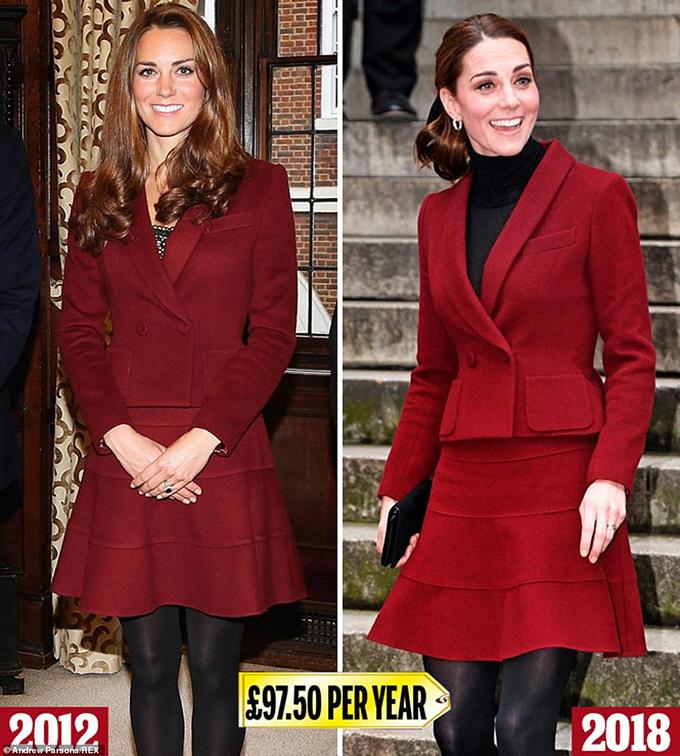 Paule Ka skirt suitĐược mặc lần đầu trong chuyến thăm năm 2012 tới Đền Trung (nơi Hoàng tử William là luật sư danh dự), bộ quần áo váy Paule Ka màu đỏ tía này được cho là có giá khoảng 975 bảng Anh. Kate làm sống lại combo mùa đông cho chuyến thăm UCL ở London vào cuối năm 2018