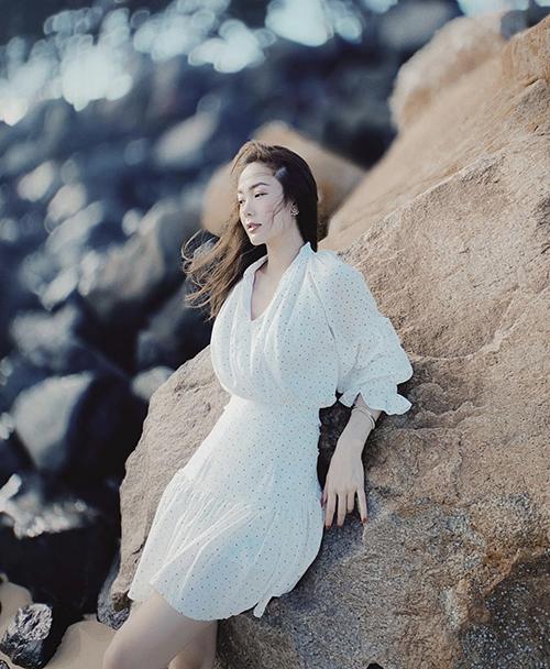 10 mẫu váy giúp nàng dễ thở trong ngày nóng