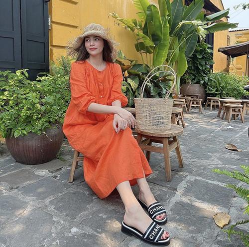 10 mẫu váy giúp nàng dễ thở trong ngày nóng - 2