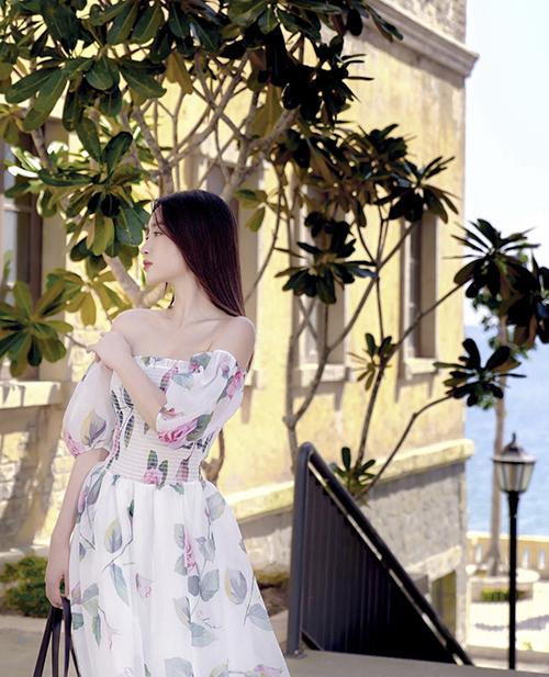 10 mẫu váy giúp nàng dễ thở trong ngày nóng - 4