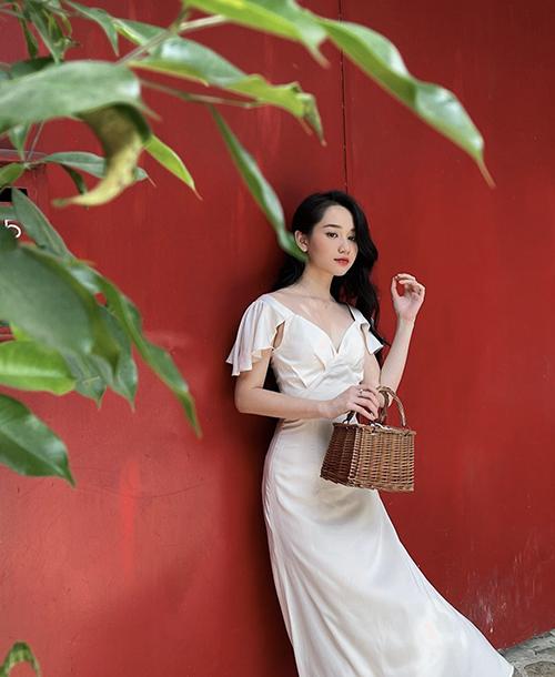 10 mẫu váy giúp nàng dễ thở trong ngày nóng - 7