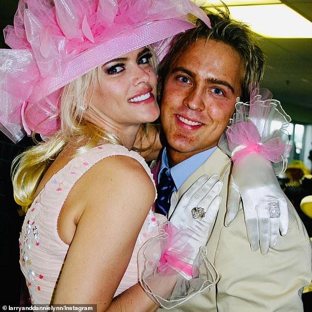 Larry và Anna Nicole năm 2004.