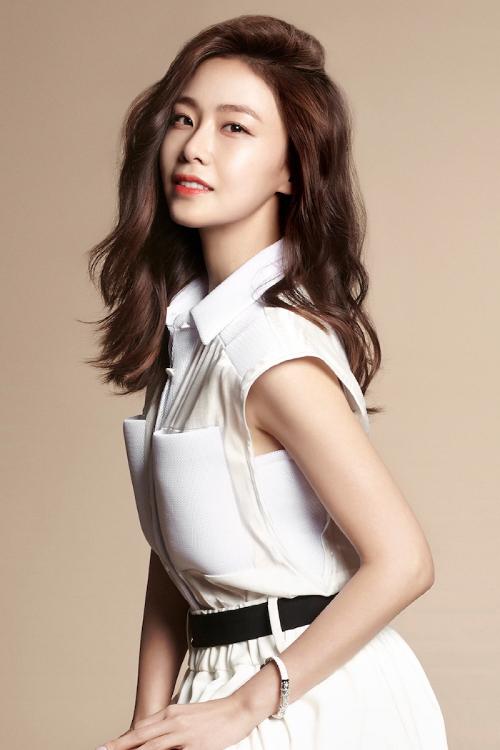 Diễn viên Hong Soo Hyun.