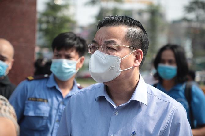 Đồng chí Chu Ngọc Anh có mặt tại bệnh viện.