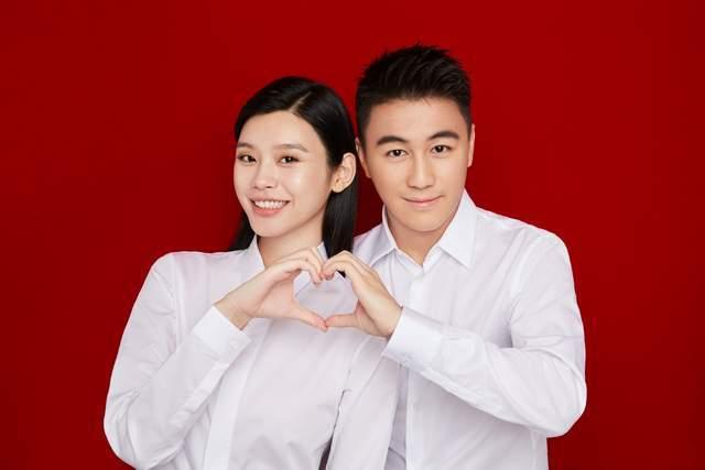 Vợ chồng Hà Du Quân, Hề Mộng Dao.