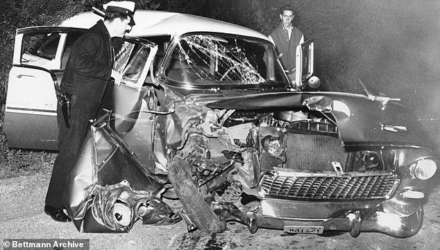 Hiện trường vụ tai nạn của Clift.