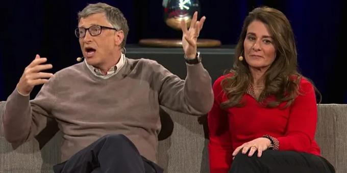 Bill và Melinda Gates trong hội nghị của TED năm 2014. Ảnh: TED.