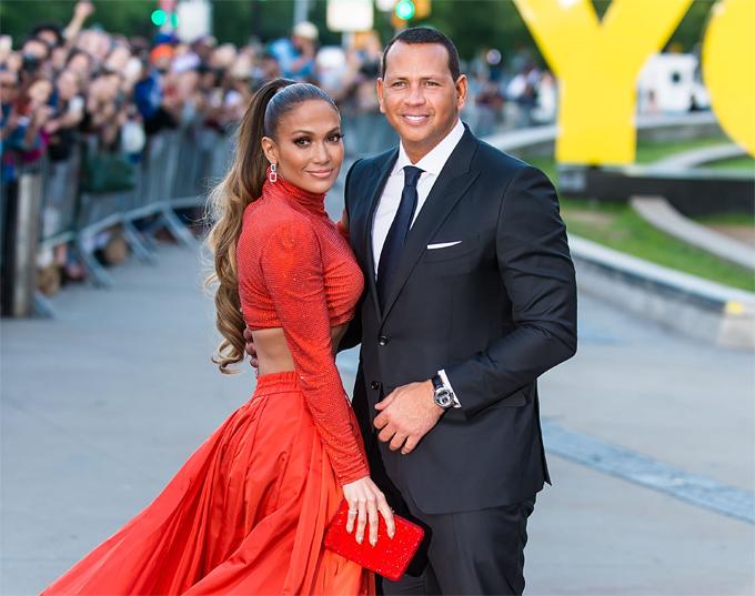 J.Lo và Alex từng có mối quan hệ sâu sắc, đã mua nhà sống cùng và lên kế hoạch làm đám cưới.