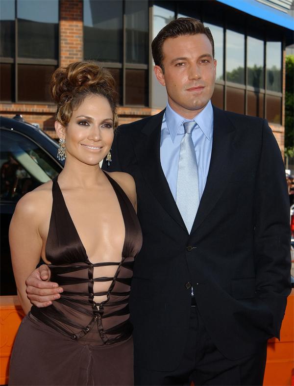 17 năm trước, Jennifer Lopez và Ben Affleck đã suýt cưới nhau.
