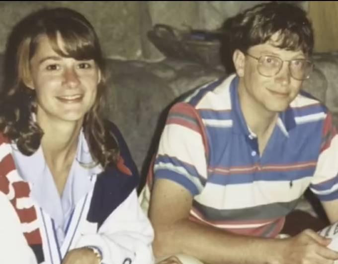 Bill Gates và Melinda có 8 năm hẹn hò trước khi đi đến quyết định kết hôn. Ảnh: Instagram.