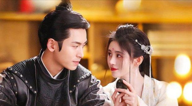 Trương Triết Hạn và bạn diễn Cúc Tịnh Y.