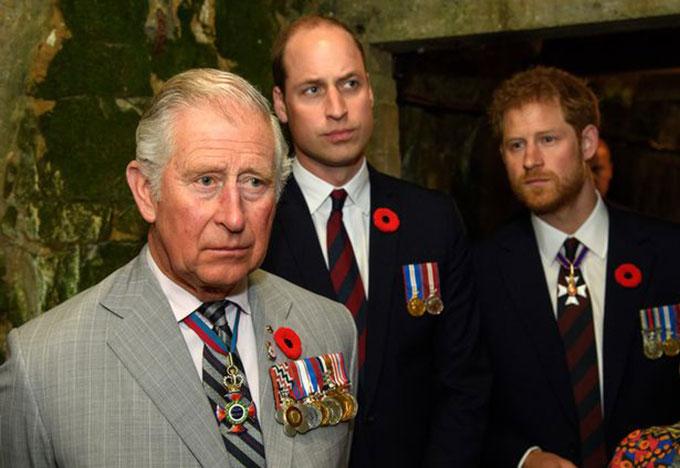 Thái tử Charles, Hoàng tử William và Hoàng tử Harry trong một sự kiện vào năm 2018. Ảnh: PA.