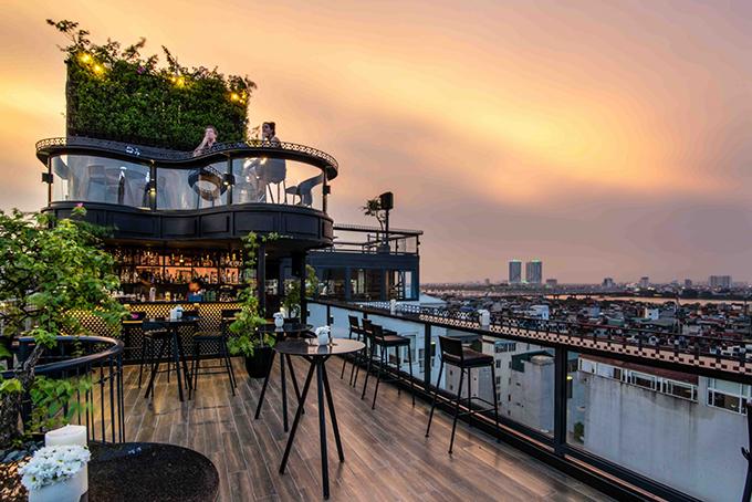 Bốn khách sạn có tầng thượng đẹp nhất thế giới ở Hà Nội