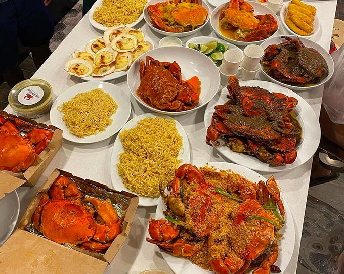 Tiệc sinh nhật Phillip Nguyễn ngập hải sản nhà hàng Hà Tăng - 2