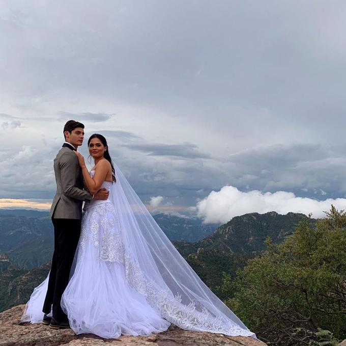 Ảnh của Andrea Meza được cho là ảnh cưới.