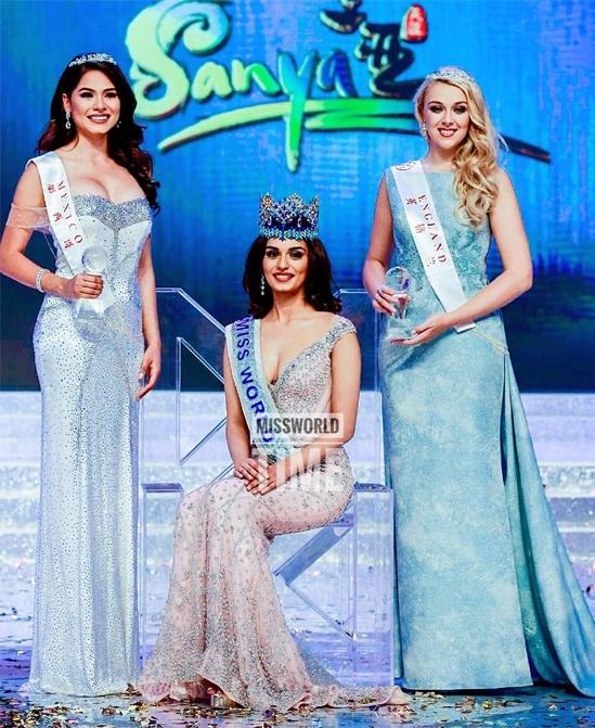 Andrea Meza (trái) tại chung kết Miss World 2017 ở Trung Quốc. Năm đó cô tuột vương miện vào tay mỹ nhân Ấn Độ Manushi Chhillar. Andrea chỉ giành được danh hiệu hoa hậu vùng châu Mỹ.