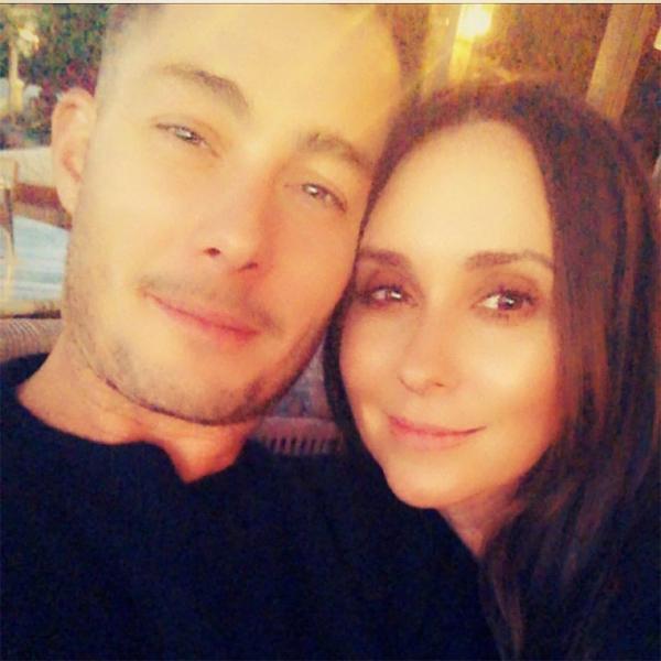 Nữ diễn viên và chồng.