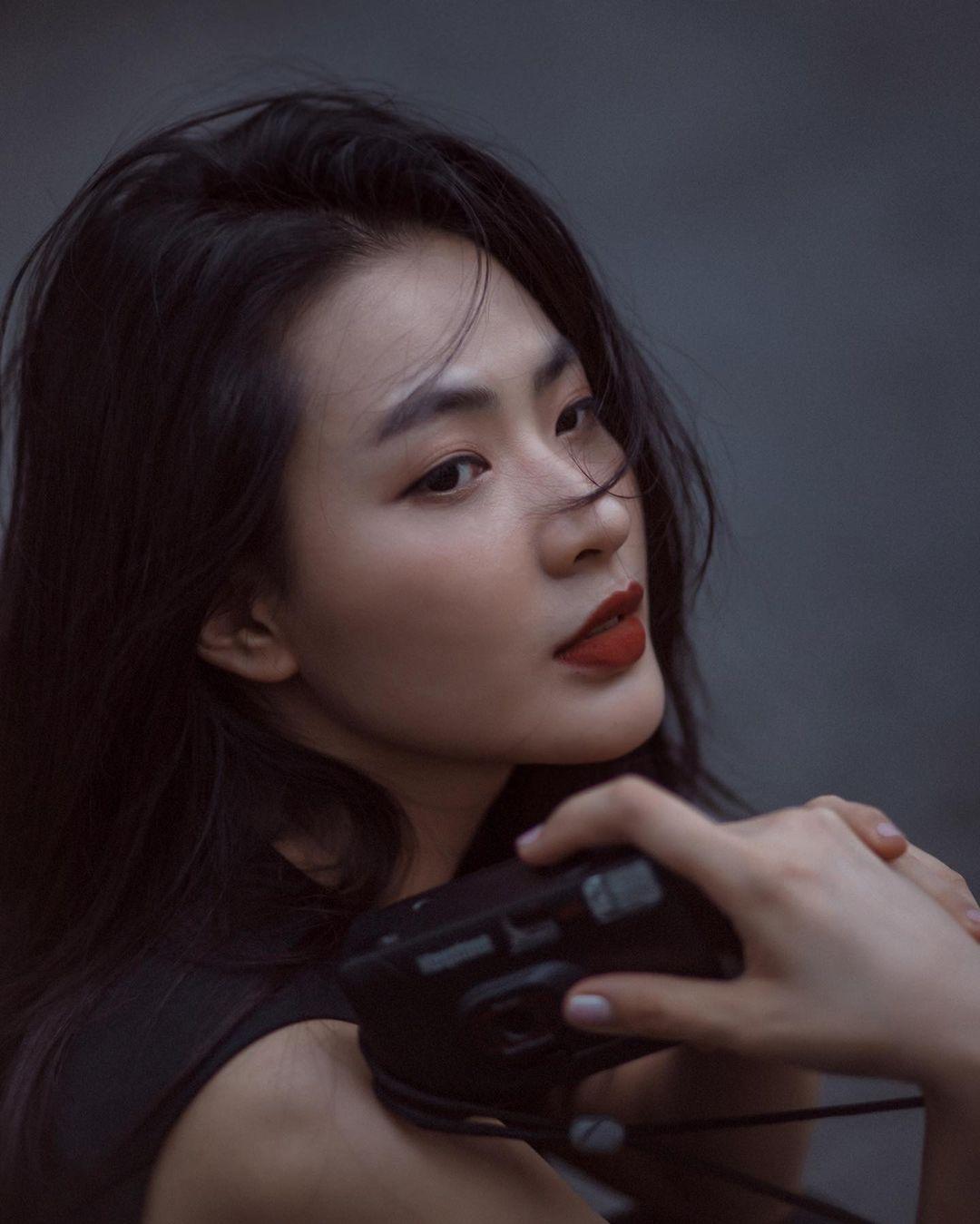 Minh Trang cũng là mẫu ảnh,