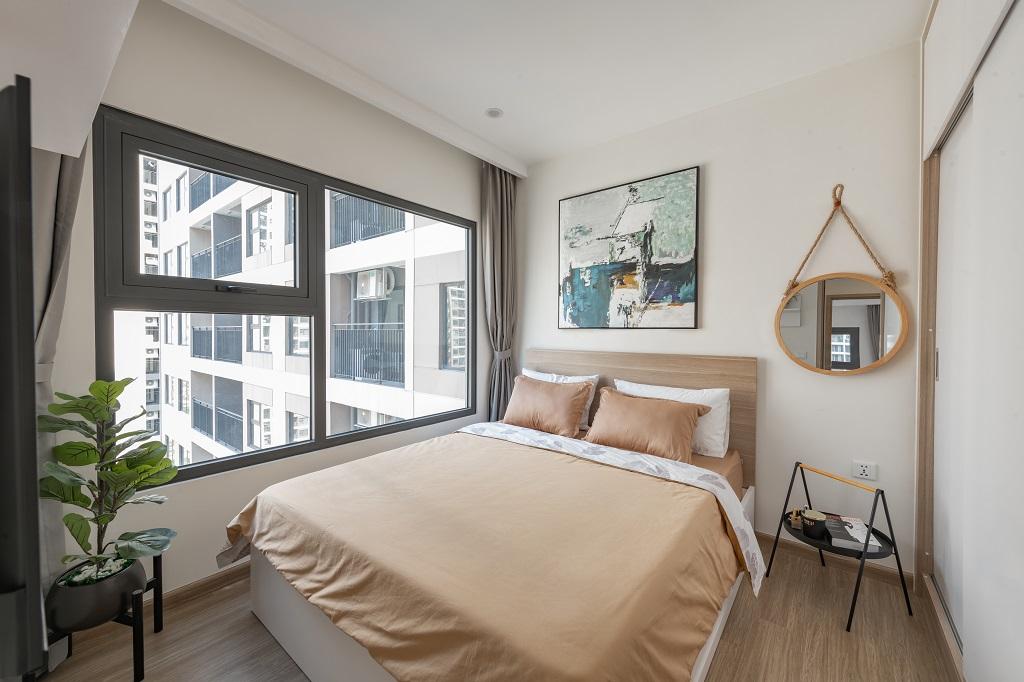Đề cao công năng sử dụng, căn 1 phòng ngủ +1 có nội thất cao cấp và chỉn chu từng chi tiết. Sử dụng màu gỗ mộc tự nhiên đi kèm nội thất hợp lý, tổng thể căn hộ mang vẻ hiện đại, gọn gàng.