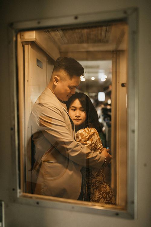 Trước kỳ nghỉ lễ 30/4, cặp Tuấn Anh và Ngọc nhen nhóm về một bộ ảnh cưới bình dị nơi quê nhà của chú rể ở Hải Phòng.
