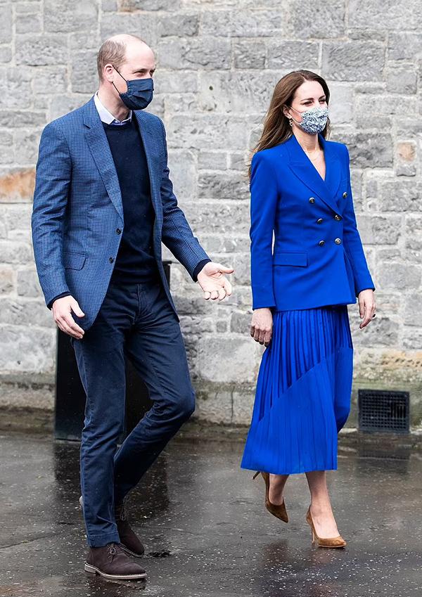Vợ chồng William - Kate một lần nữa mặc trang phục đồng điệu.