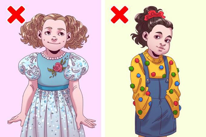 Trang phục đính hạt, sequin, quả bông...Quần áo dành cho trẻ em không nên có nhiều yếu tố trang trí. Những em bé tò mò có thể giật chúng ra, cho vào mũi, tai, miệng và nuốt. Điều này cực kỳ nguy hiểm!