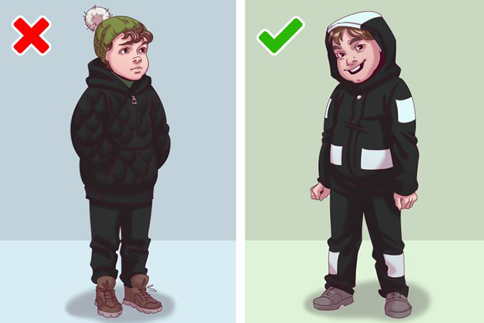 Quần áo tối màu không có dải phản quang  Các chuyên gia khuyến cáo cha mẹ không nên chọn quần áo tối màu cho trẻ em. Bạn có thể lạc mất con mình trong đám đông, và những người lái xe cũng khó nhìn thấy đứa trẻ đi bộ trong bóng tối. Do đó, trang phục trẻ em càng có nhiều dải phản quang càng tốt.