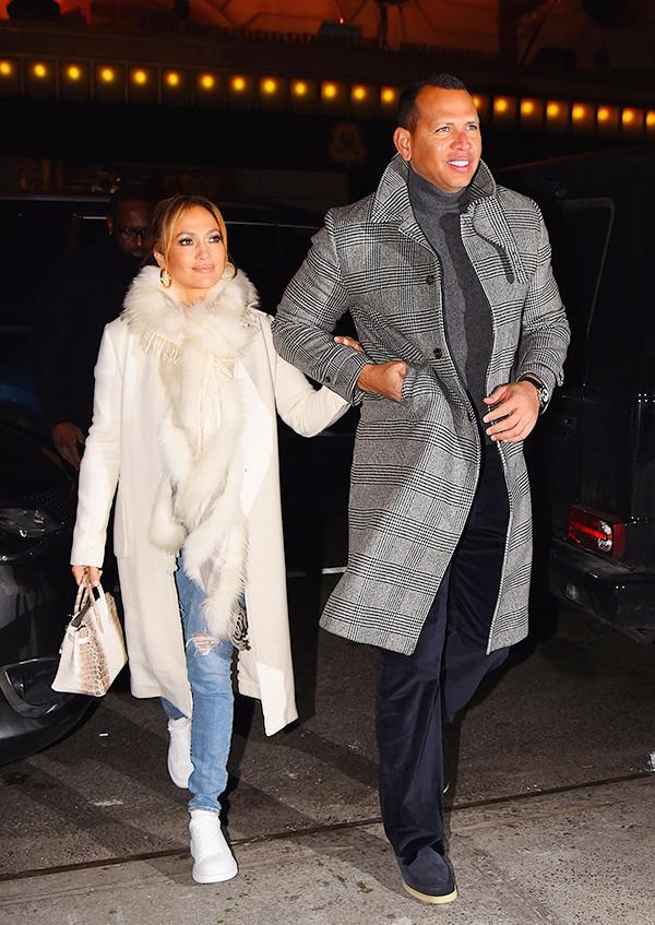 Ngày 17/3/2019, J.Lo hẹn hò ăn tối  tại New York với vị hôn phu khi ấy - ngôi sao bóng chày Alex Rodriguez.
