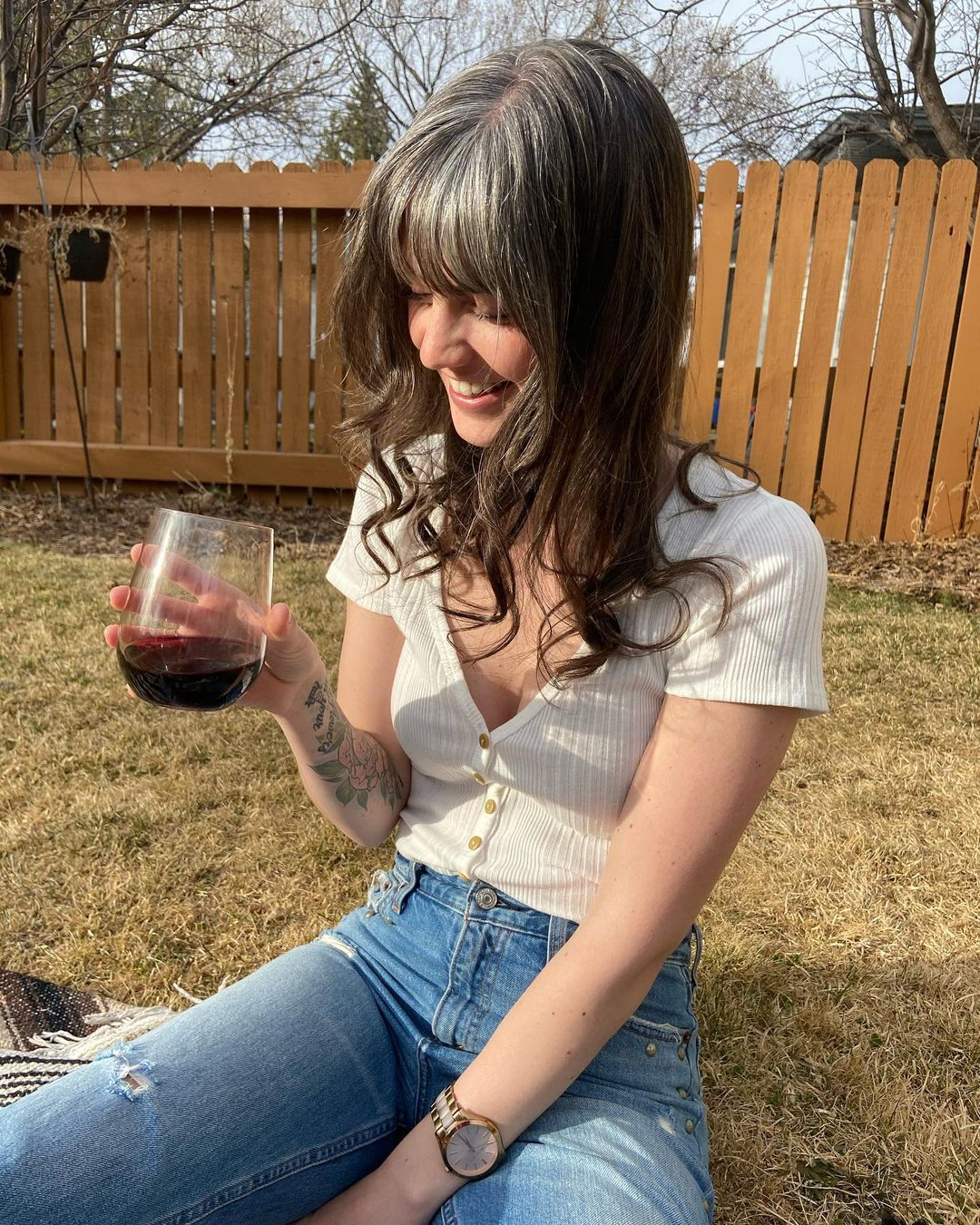 Woman whos gone grey at 26 reveals she found her first silver hair aged TWELVE and spent $94 per month dyeing her locks out of embarrassment - 2