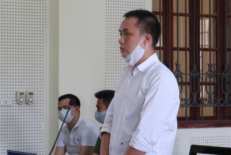 Nguyễn Vũ Ngọc Linh tại phiên tòa.