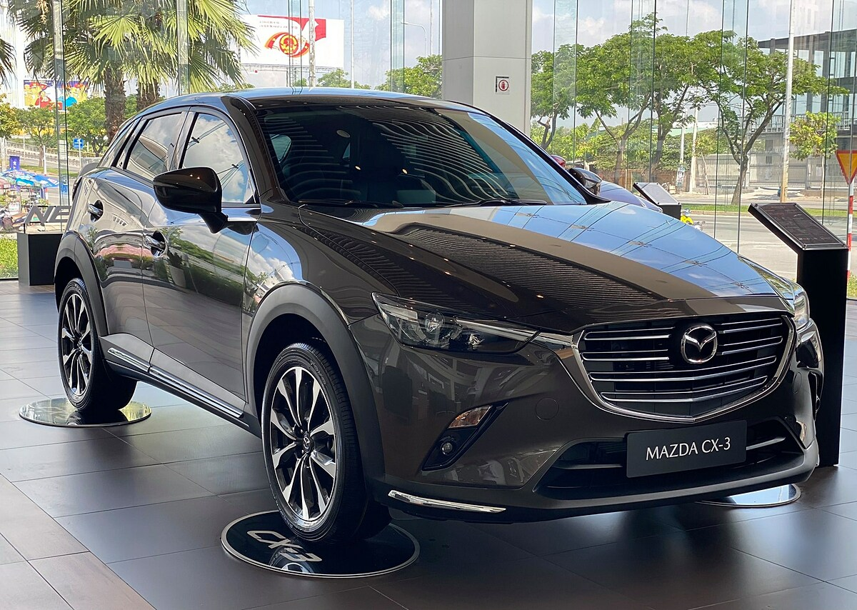 Mazda CX-3 tại đại lý.