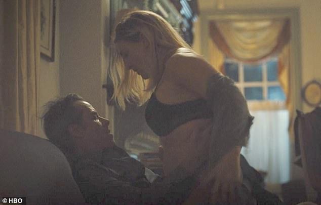 Kate Winslet trong cảnh sex.