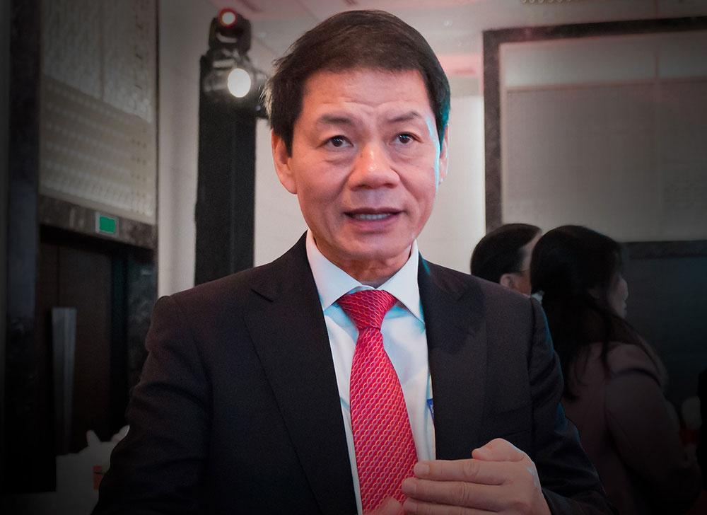 Ông Trần Bá Dương tại một lễ ra mắt sản phẩm tại Hà Nội.