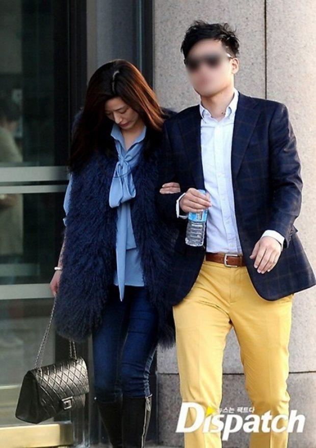 Jeon Ji Hyun và chồng, khi còn chung lối.