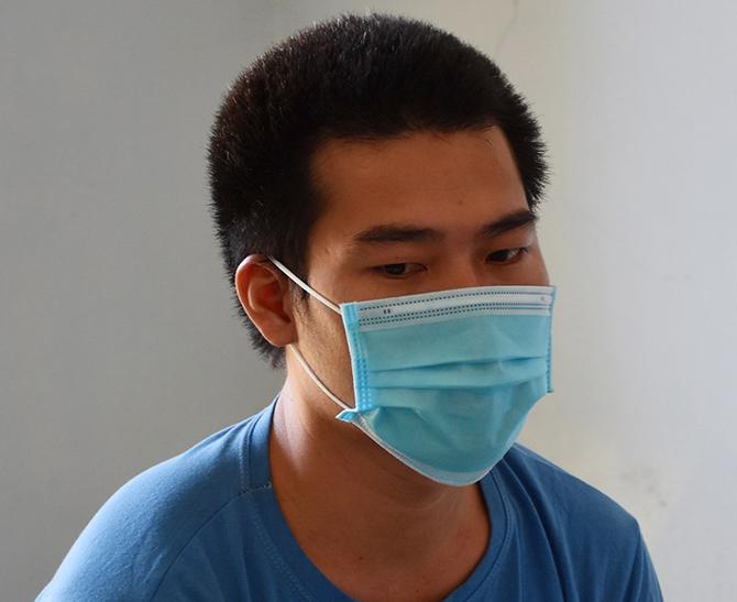 Nguyễn Minh Tiến tại cơ quan công an. Ảnh: Hòa Vang.