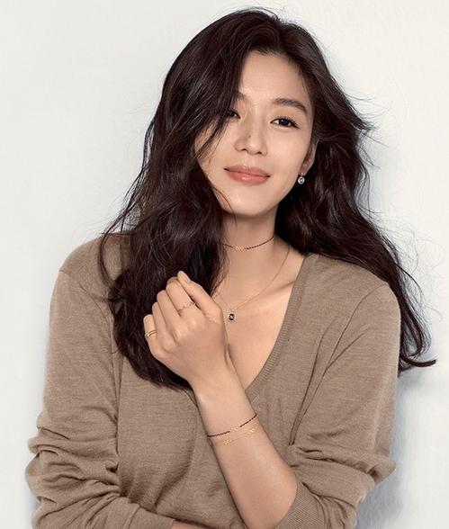 Diễn viên Hàn Quốc Jeon Ji Hyun.