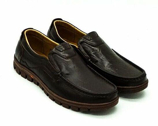 Giày da nam Pierre Cardin PCMFWLE 714BRW màu nâu - Nâu - 40 giảm 1.188.000đ (- 52 %)  giá gốc 2,49 triệu đồng; Chất liệu talon: Da bòLoại đế: Cao su nhiệt dẻo TPR