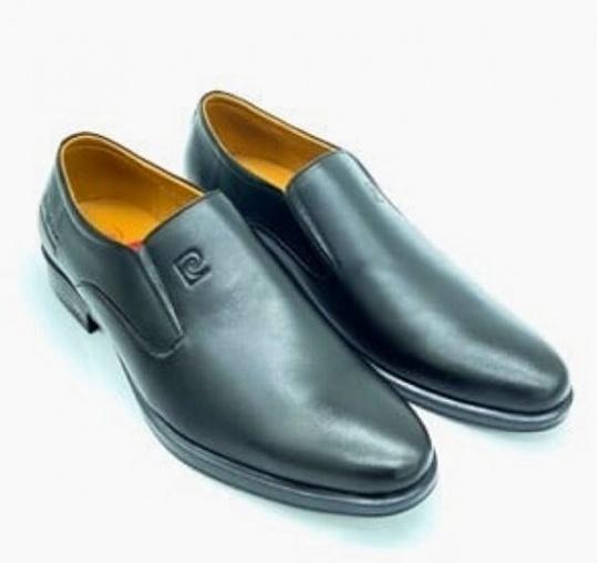 Giày nam Pierre Cardin PCMFWLE712BLK màu đen - Đen - 39 giảm 1.188.000đ (- 52 %) giá gốc 2,49 triệu đồng chất liệu da bò, bảo hành 12 tháng