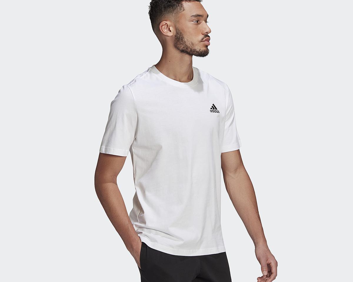 Áo thun Adidas GK9640 màu trắng với thiết kế cổ điển cổ tròn, thêu logo Badge of Sport có thể mặc trong nhiều hoàn cảnh, đi chơi, tập luyện, đi làm... Sản phẩm được làm từ vật liệu tái chế như một phần mong muốn chấm dứt ô nhiễm nhựa, cụ thể chất liệu 70% cotton, 30% polyester tái chế dệt kim. Sản phẩm có hai size S và L. Giá gốc 850.000 đồng, ưu đãi 42% vào ngày 6/6 còn 490.000 đồng.