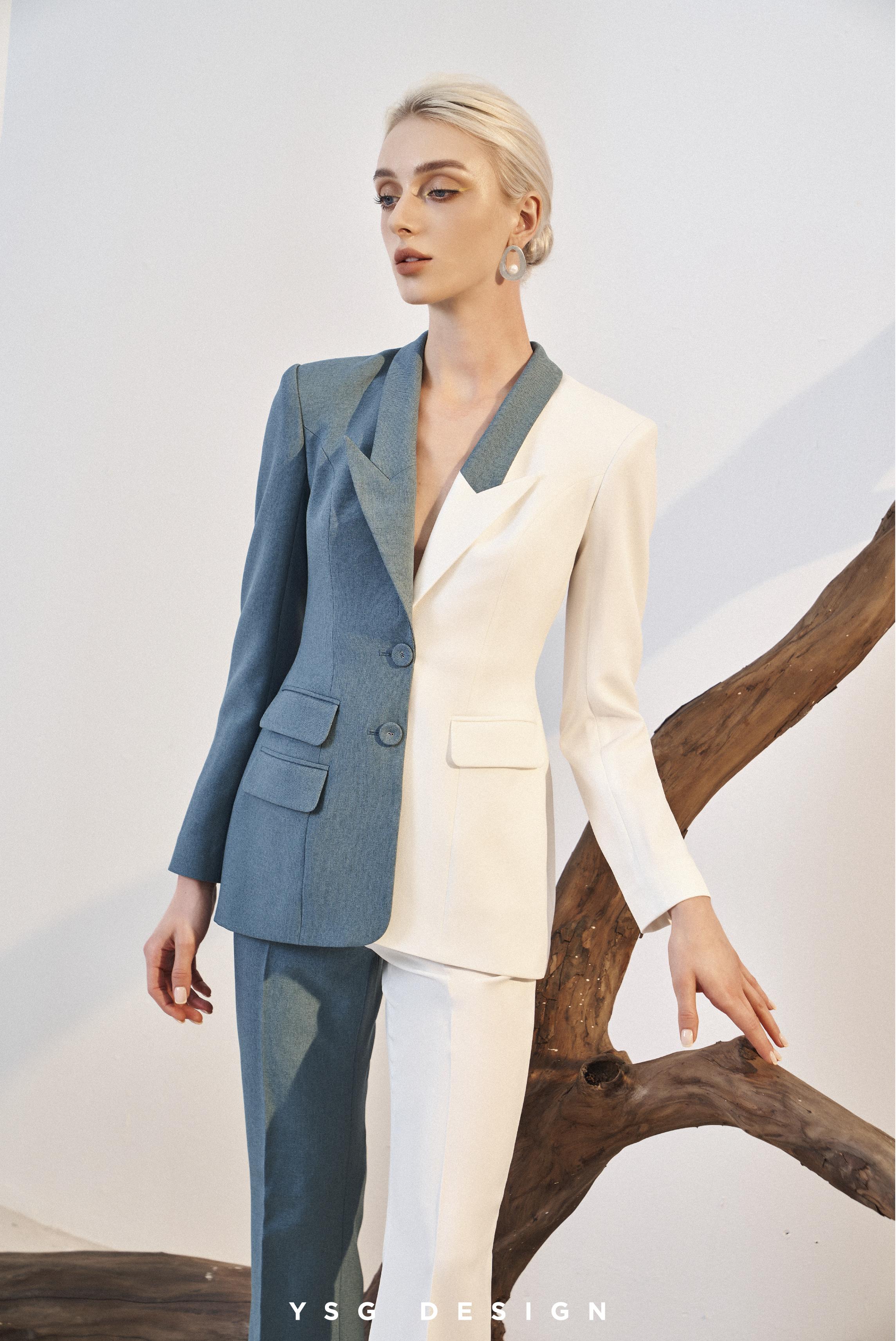 Các thiết kế mới trong bộ sưu tập Cinque Terre mang đến sự trẻ trung, phóng khoáng và tiện lợi, đồng thời kết hợp các chuyến công tác với nghỉ ngơi qua những chi tiết nhỏ, từ túi xách, giày, trang sức đến khăn choàng...