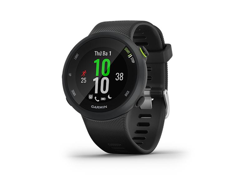 Đồng hồ Garmin Forerunner 45 theo dõi nhịp tim từ cổ tay và có GPS giúp theo dõi nhịp độ, khoảng cách, lượt đi, chạy của bạn, cung cấp các bài tập chuyên môn (chạy bộ, đạp xe, yoga...) và cá nhân hóa. Các tính năng liên kết của đồng hồ bao gồm thông báo tin nhắn và cuộc gọi đến điện thoại, tải tự động lên cộng đồng trực tuyến Garmin Connect, theo dõi trực tiếp và kiểm soát chơi nhạc trên điện thoại. Các tính năng theo dõi và an toàn bao gồm phát hiện sự cố (trong các hoạt động được chọn) và hỗ trợ; gửi vị trí thời gian thực của bạn đến các số điện thoại liên hệ khẩn cấp. Thời lượng pin lên đến 7 ngày trong chế độ đồng hồ, 13 giờ ở chế độ GPS. Sản phẩm có hai màu đen hoặc đỏ, bảo hành 12 tháng. Giá gốc 5,09 triệu đồng, nhập mã F45T6 giàm còn 3,999 triệu đồng.
