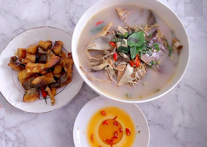 Mâm cơm giản dị, điển hình của người dân miền Tây qua bàn tay chế biến của Quốc Trường với món cá khô chiên chấm mắm ớt và canh cá.