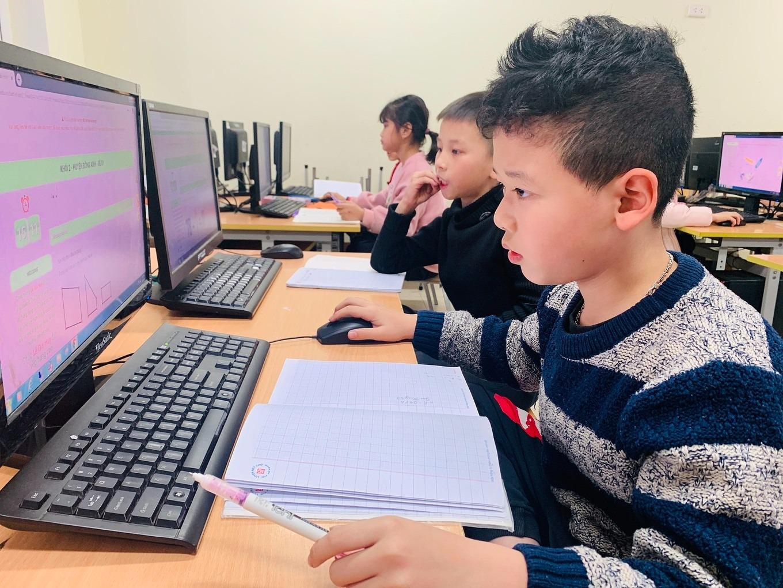 Học sinh tham gia Đấu trường Toán học năm 2020 do VioEdu tổ chức. Ảnh: VioEdu.